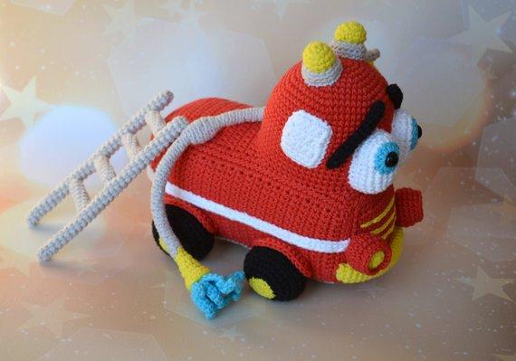 Warm Fuzzies: Kabuto Mushi - Horned Beetle Amigurumi | 399x570